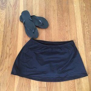Jaclyn Smith swim skirt with bikini brief size 8